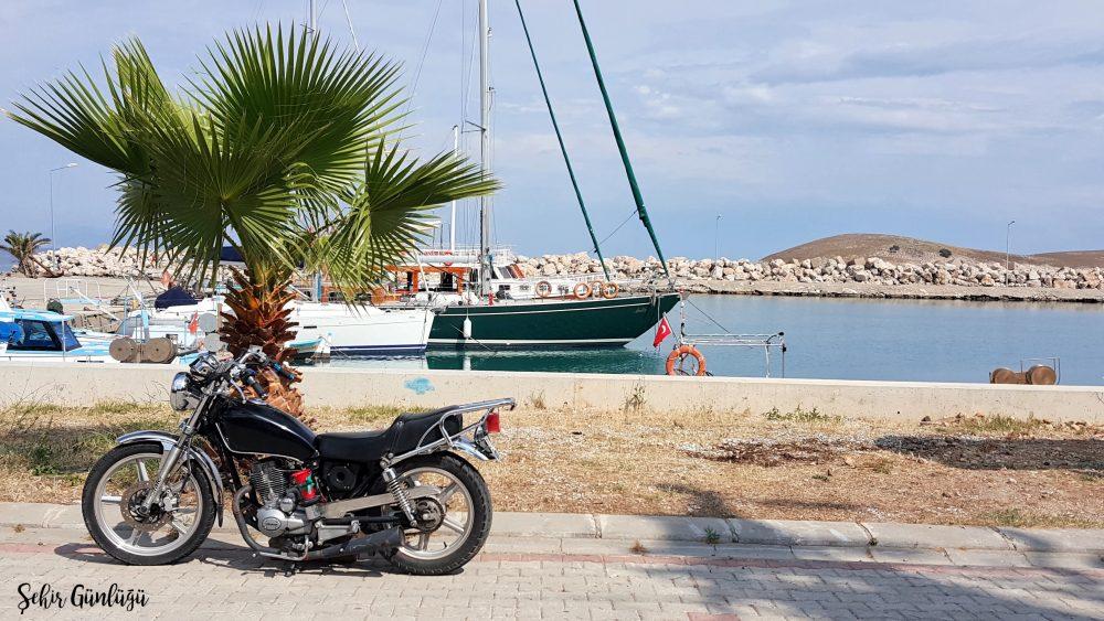 palamutbükü sahil motosiklet seyahat yezdan